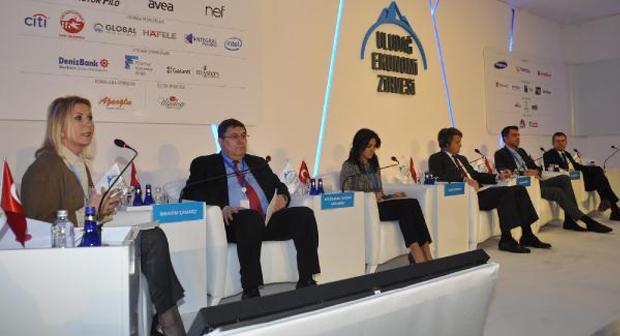 Uludağ Ekonomi Zirvesi: Liderin Global Ajandası Paneli