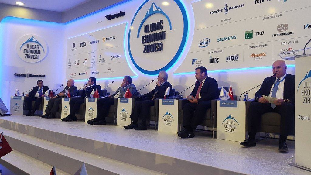 """Uludağ Ekonomi Zirvesi'nden Notlar - 2 - """"Global Marka Yolculuğu"""" Paneli"""