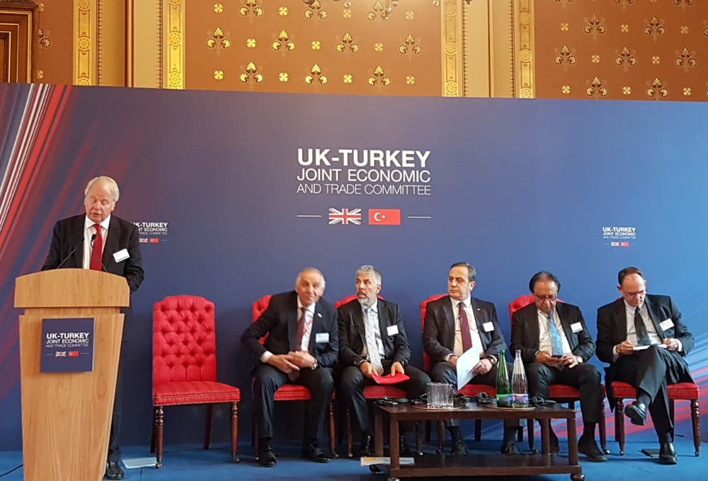 İngiltere ve Türkiye'de Yatırım ve Üçüncü Pazarlarda İş Birliği